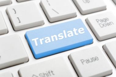 tõlgin inglise ja taani keelest eesti keelde (ja vastupidi).